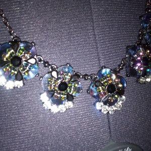 Jewelry - Clunky necklace